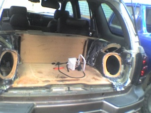 sonido para carro en fibra de vidrio,especialistas en Fibra de vidrio en montajes de Car Audio
