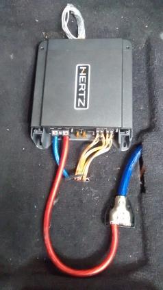 AMPLIFICADORES HERTZ, MONTAJES EN FIBRA DE VIDRIO, Bandejas de sonido en fibra de vidrio, Cajas Acústicas tipo Turbo, Caja de sonido para automóviles,