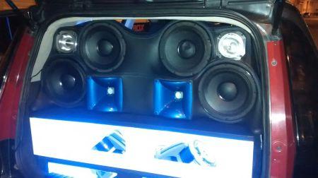 Montajes de sonido para carro