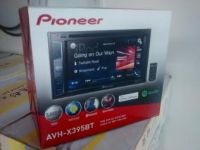 Radio Pionner para aplicaciones waze